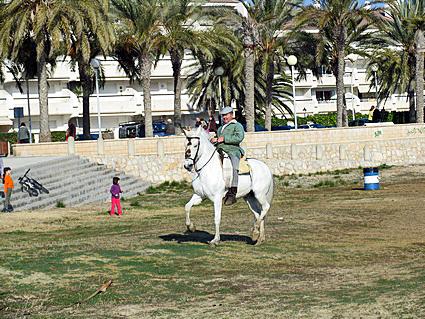 den hvide hest hvor dyb er en kvinde